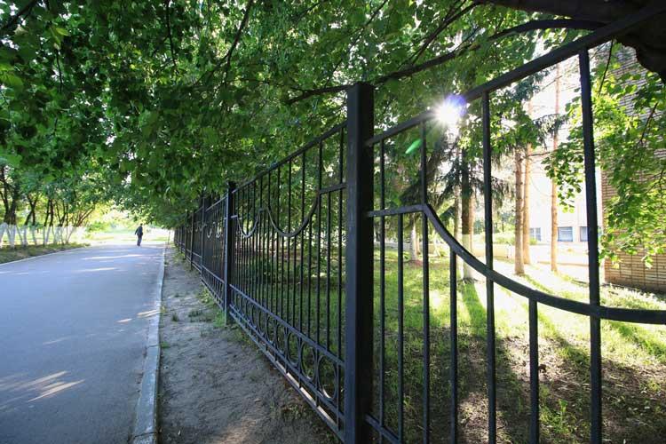 Mooi hek met goede afscheiding